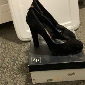 Dolce vita black suede heels 9
